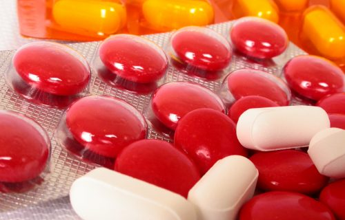 pills-1422509-1920x1440
